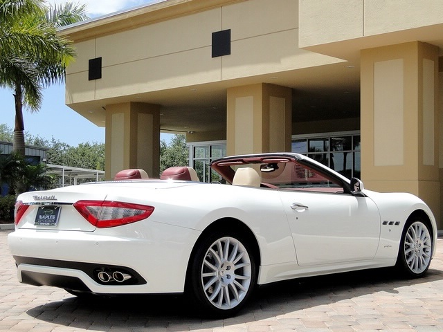 2012 Maserati Gran Turismo Convertible - Photo 33 - Naples, FL 34104