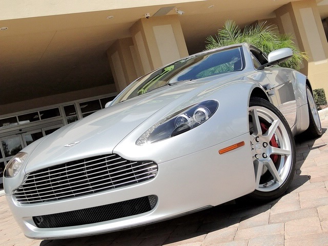 2007 Aston Martin Vantage V8 Coupe - Photo 31 - Naples, FL 34104