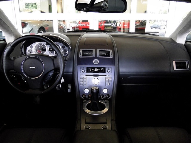 2007 Aston Martin Vantage V8 Coupe - Photo 8 - Naples, FL 34104