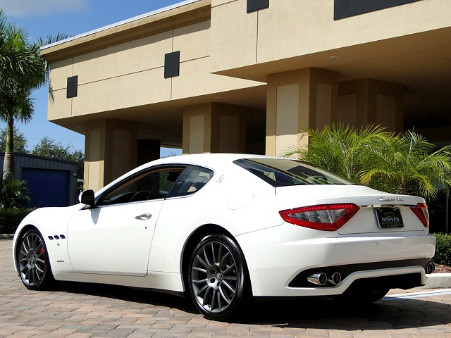 2008 maserati granturismo white 200 interior and. Black Bedroom Furniture Sets. Home Design Ideas