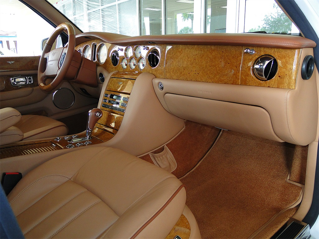 2005 Bentley Arnage R - Photo 7 - Naples, FL 34104