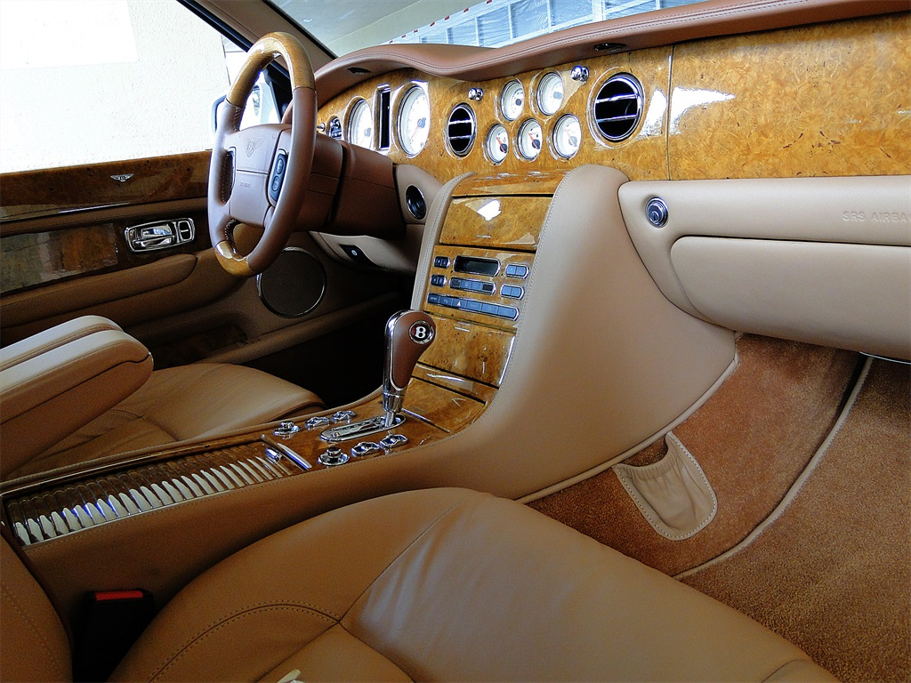 2005 Bentley Arnage R - Photo 24 - Naples, FL 34104