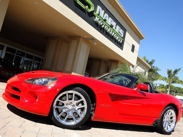 2003 Dodge Viper SRT-10 - Photo 3 - Naples, FL 34104