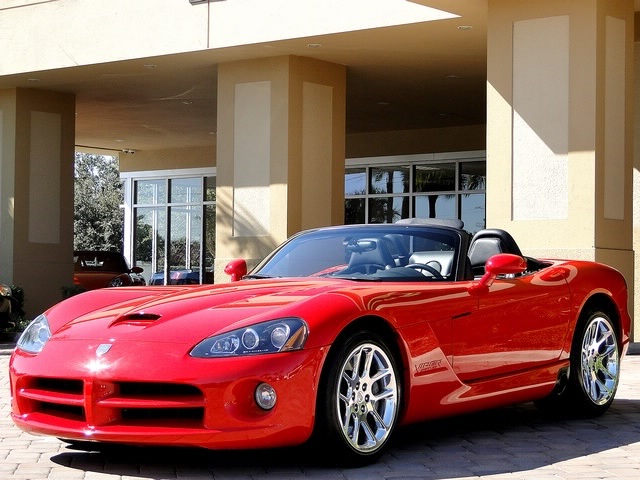 2003 Dodge Viper SRT-10 - Photo 51 - Naples, FL 34104