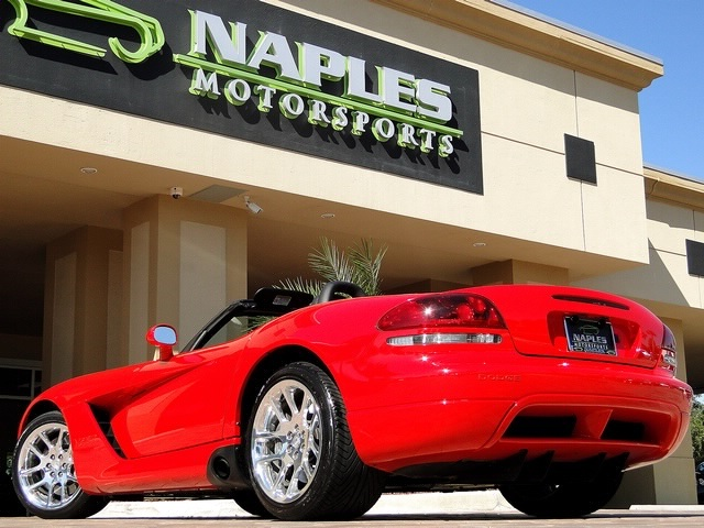 2003 Dodge Viper SRT-10 - Photo 39 - Naples, FL 34104