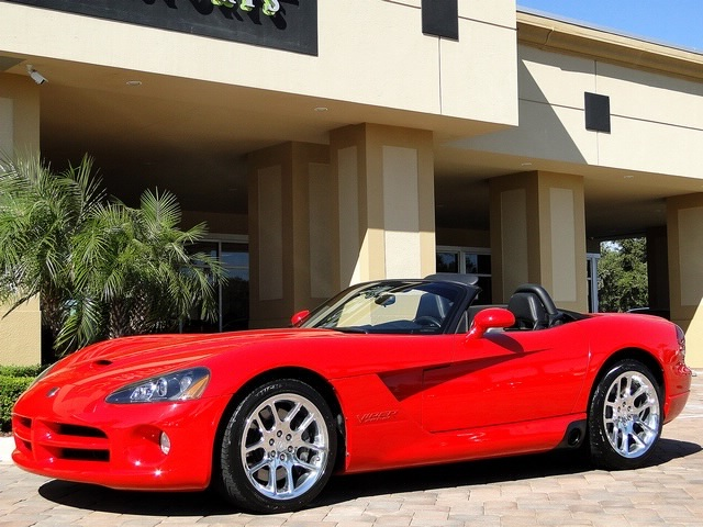2003 Dodge Viper SRT-10 - Photo 26 - Naples, FL 34104