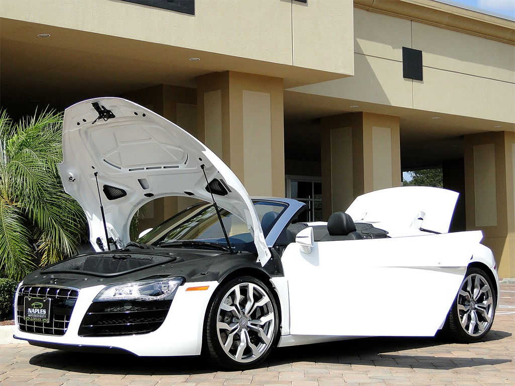 2011 Audi R8 5.2 quattro Spyder - Photo 42 - Naples, FL 34104