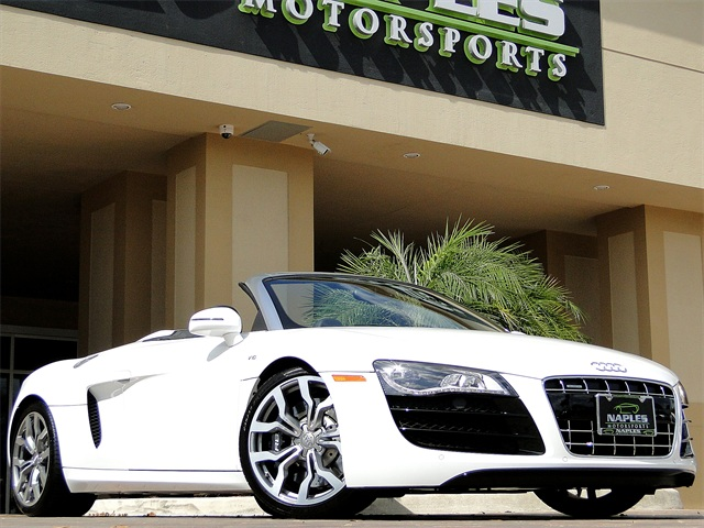 2011 Audi R8 5.2 quattro Spyder - Photo 1 - Naples, FL 34104