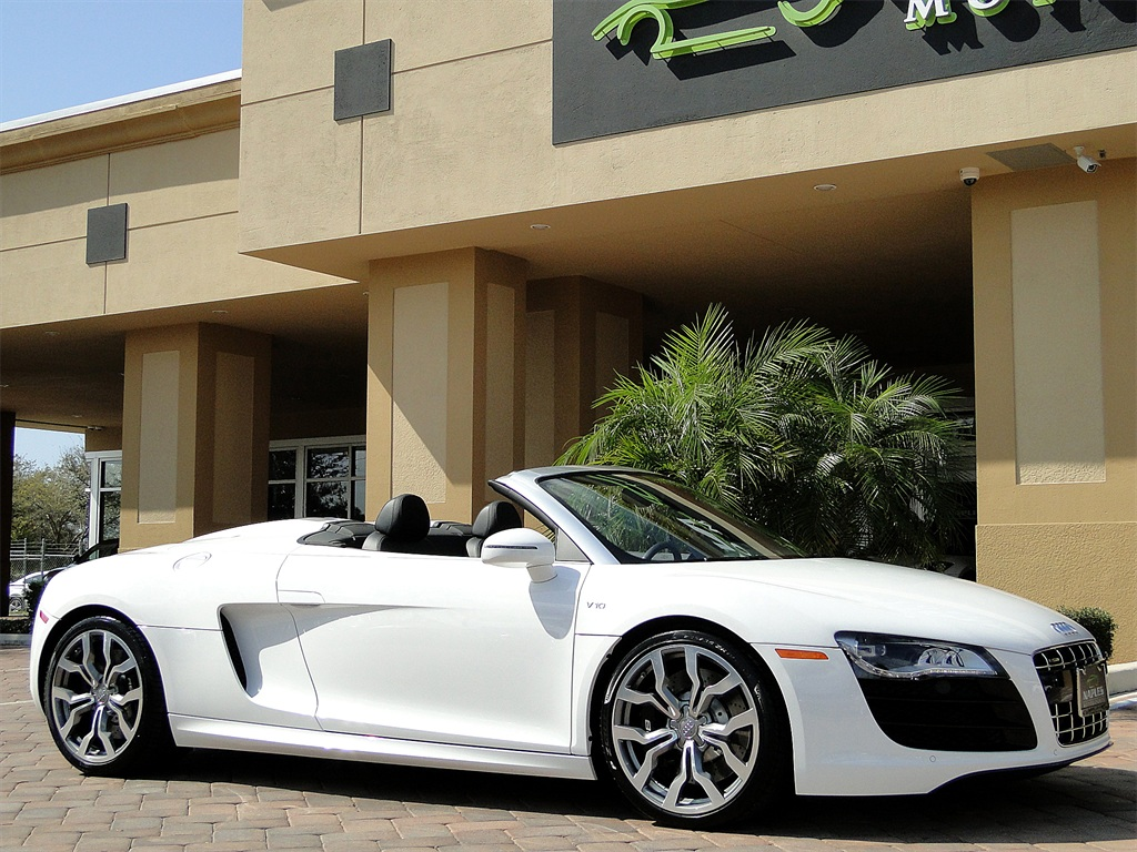 2011 Audi R8 5.2 quattro Spyder - Photo 30 - Naples, FL 34104