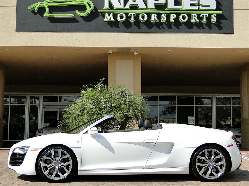 2011 Audi R8 5.2 quattro Spyder - Photo 9 - Naples, FL 34104