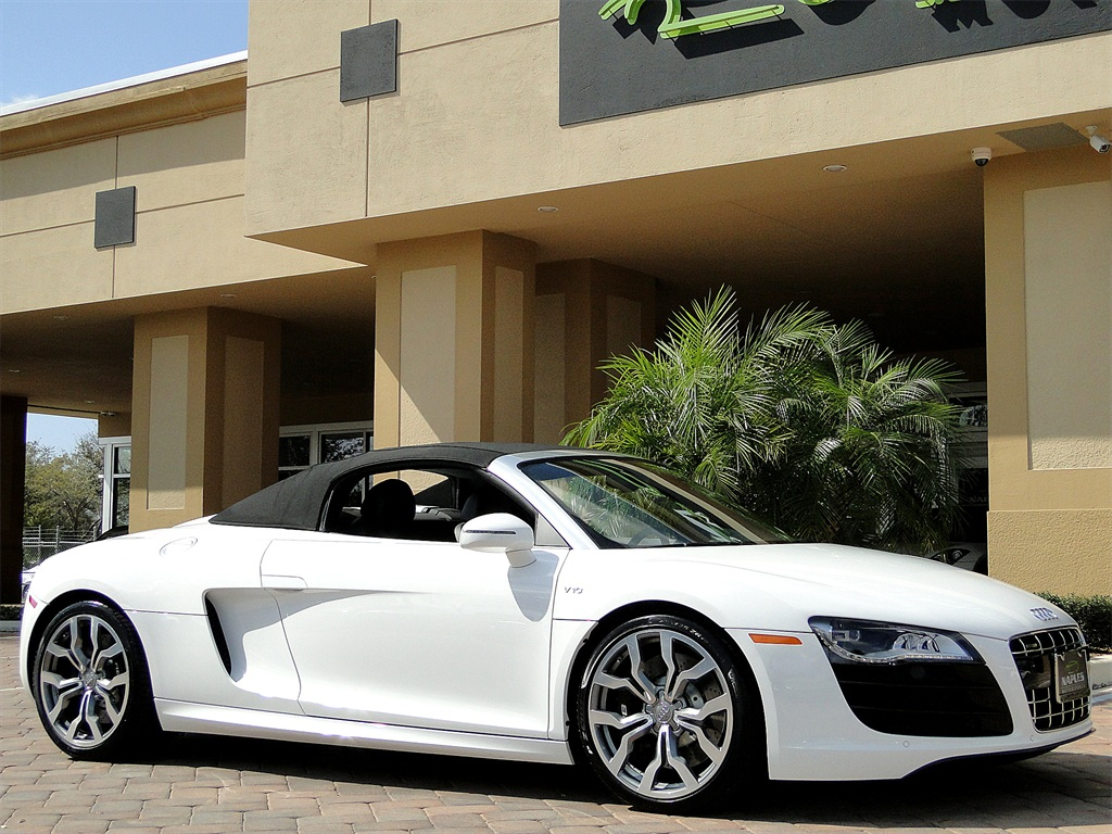 2011 Audi R8 5.2 quattro Spyder - Photo 20 - Naples, FL 34104