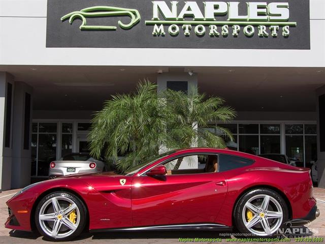 2015 Ferrari F12 Berlinetta - Photo 4 - Naples, FL 34104