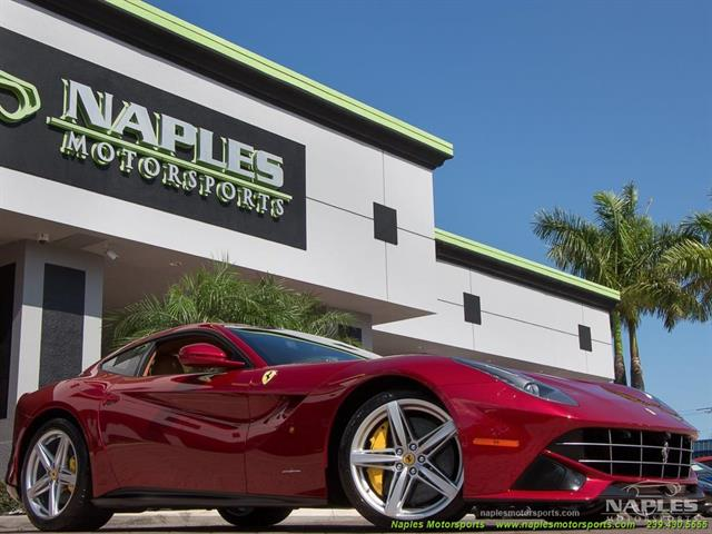2015 Ferrari F12 Berlinetta - Photo 3 - Naples, FL 34104