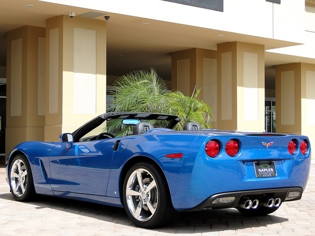 2008 Chevrolet Corvette convertible - Photo 20 - Naples, FL 34104