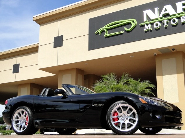 2005 Dodge Viper SRT-10 - Photo 27 - Naples, FL 34104