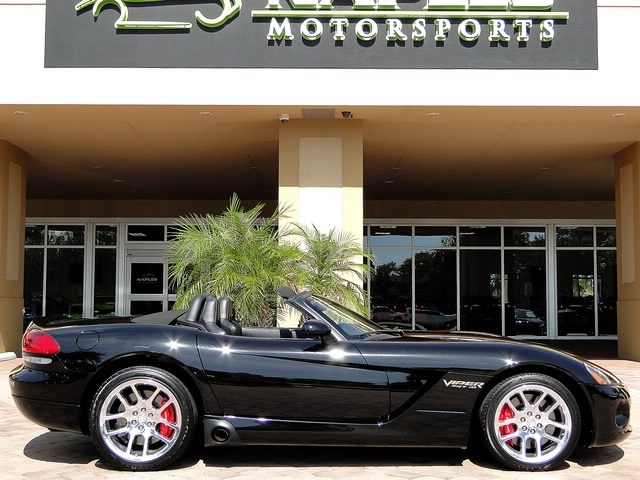 2005 Dodge Viper SRT-10 - Photo 20 - Naples, FL 34104