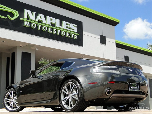 2010 Aston Martin Vantage - Photo 4 - Naples, FL 34104