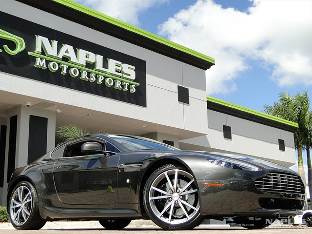2010 Aston Martin Vantage - Photo 1 - Naples, FL 34104