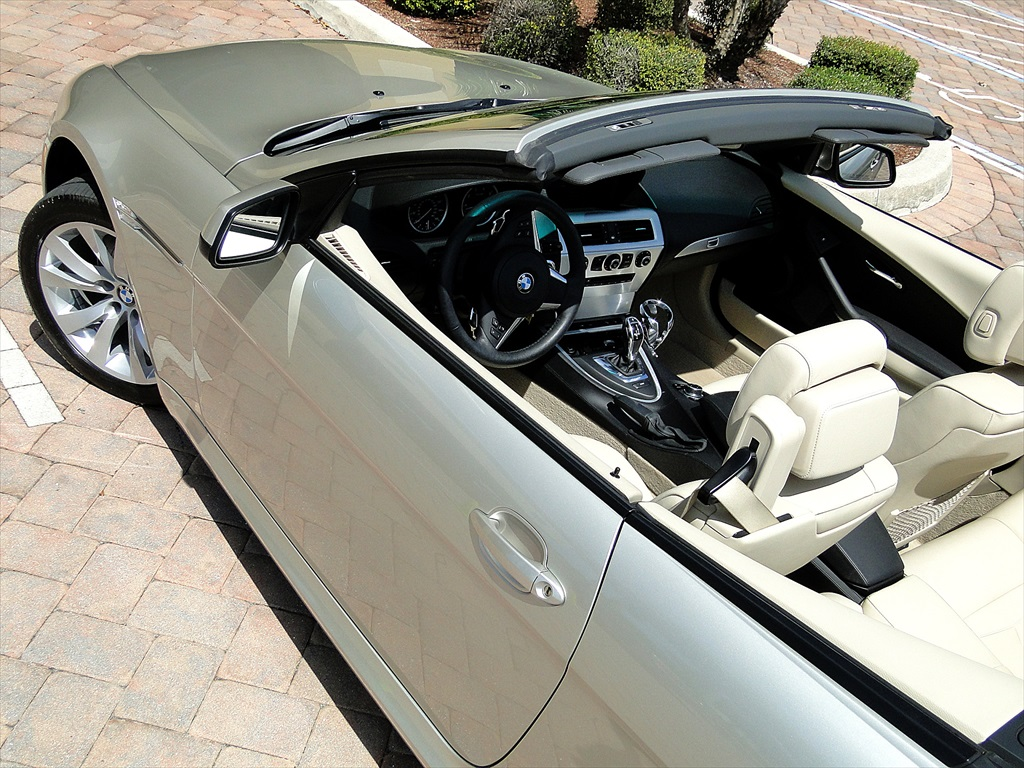 2010 BMW 650i Convertible - Photo 24 - Naples, FL 34104