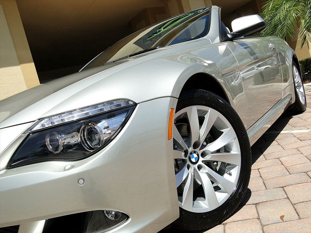 2010 BMW 650i Convertible - Photo 27 - Naples, FL 34104