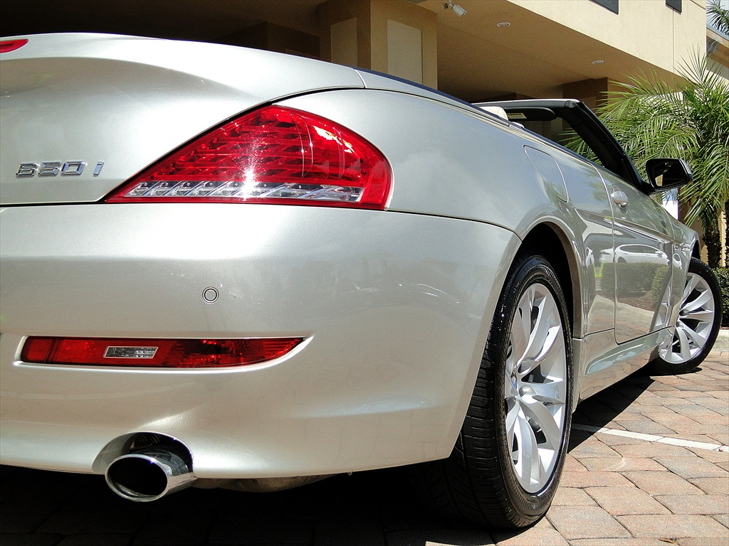 2010 BMW 650i Convertible - Photo 31 - Naples, FL 34104
