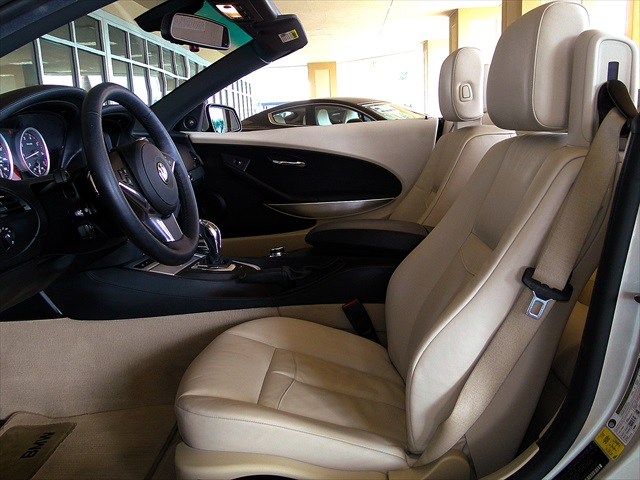 2010 BMW 650i Convertible - Photo 2 - Naples, FL 34104