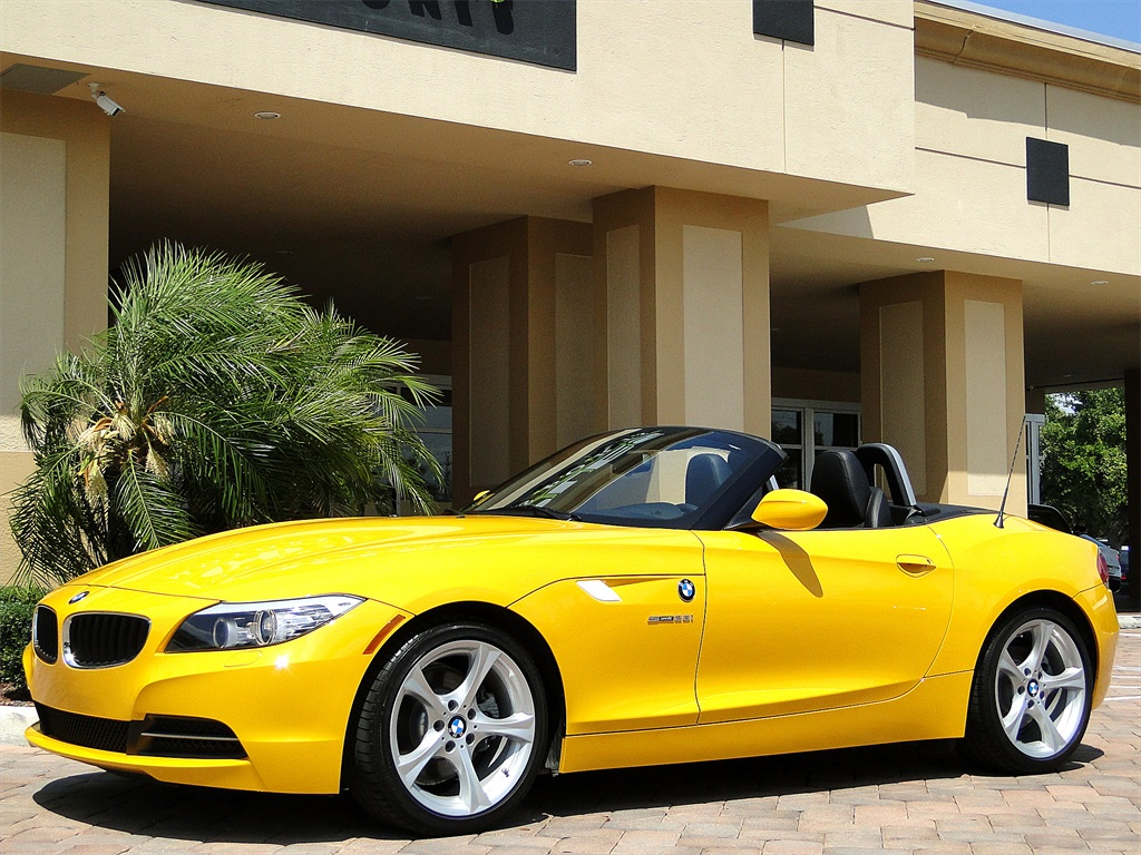 2012 BMW Z4 sDrive28i - Photo 13 - Naples, FL 34104
