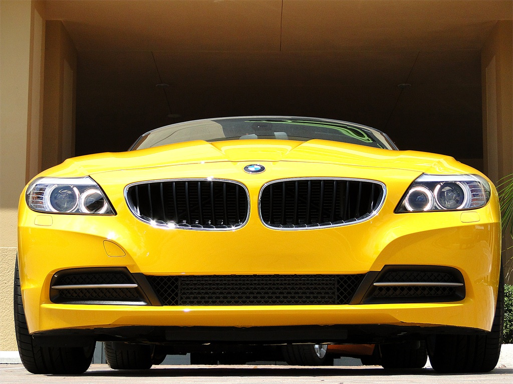 2012 BMW Z4 sDrive28i - Photo 26 - Naples, FL 34104