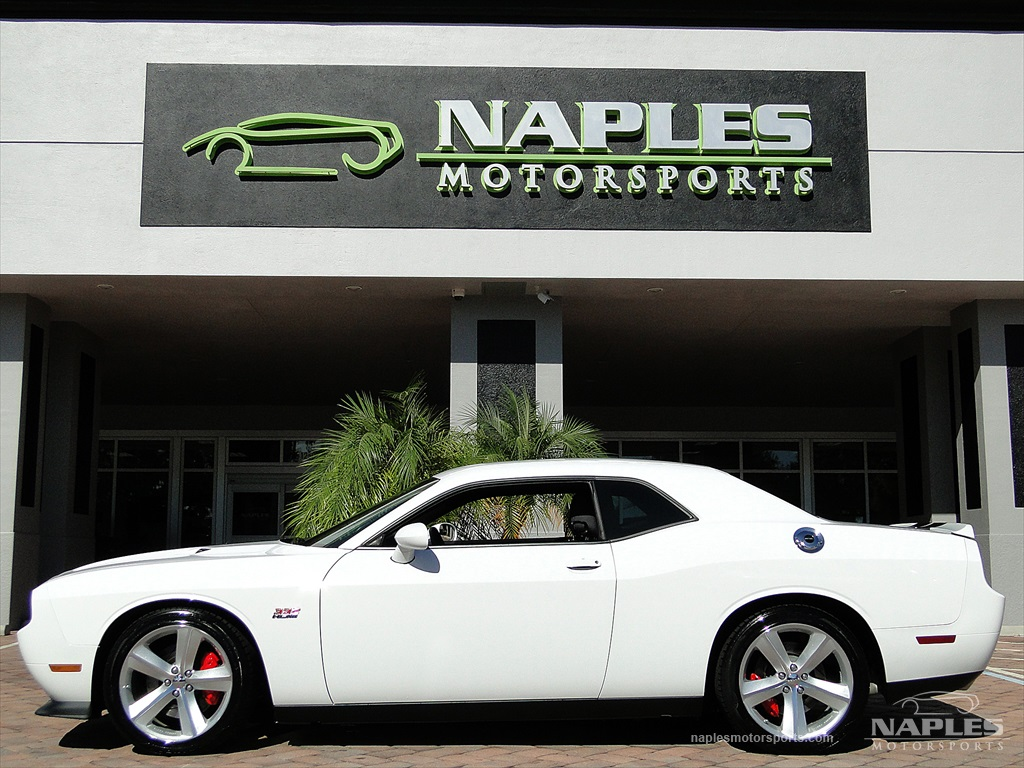 2012 Dodge Challenger SRT8 392 - Photo 5 - Naples, FL 34104