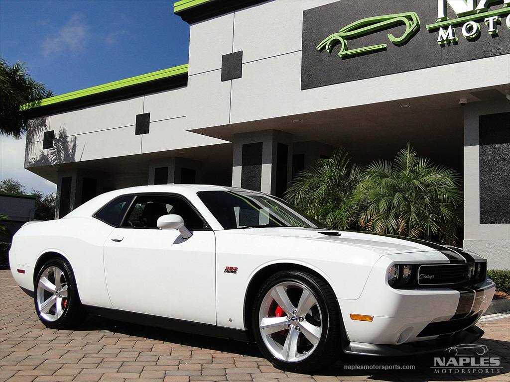 2012 Dodge Challenger SRT8 392 - Photo 26 - Naples, FL 34104