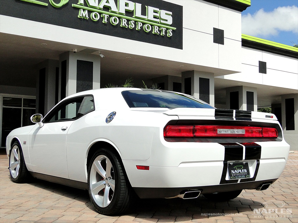 2012 Dodge Challenger SRT8 392 - Photo 10 - Naples, FL 34104