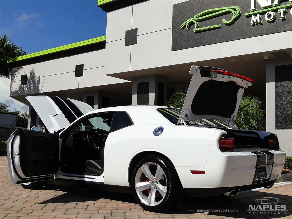 2012 Dodge Challenger SRT8 392 - Photo 14 - Naples, FL 34104