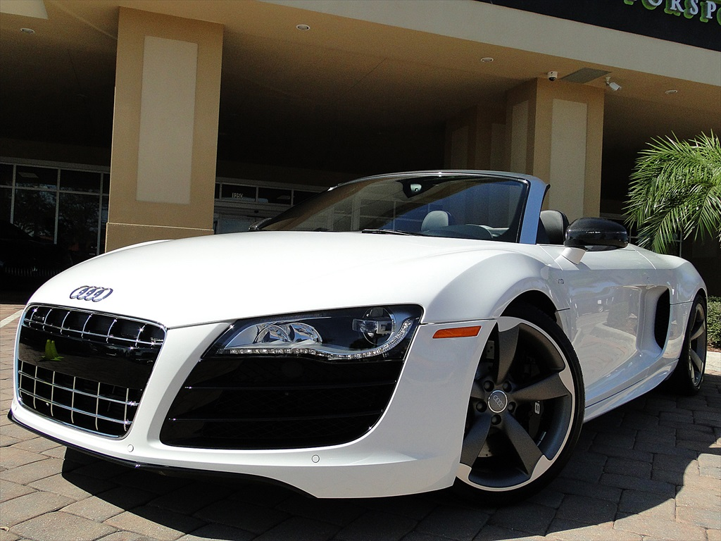 2012 Audi R8 5.2 Quattro Spyder - Photo 18 - Naples, FL 34104