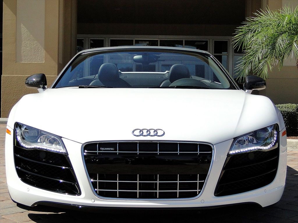 2012 Audi R8 5.2 Quattro Spyder - Photo 11 - Naples, FL 34104