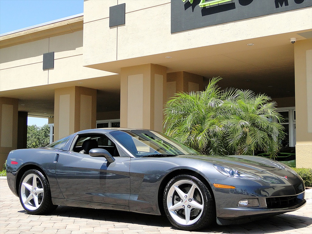 2012 Chevrolet Corvette - Photo 5 - Naples, FL 34104