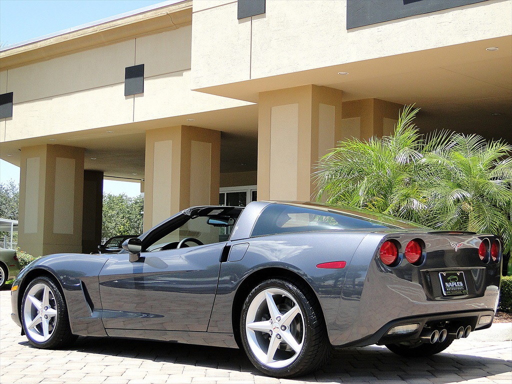 2012 Chevrolet Corvette - Photo 22 - Naples, FL 34104