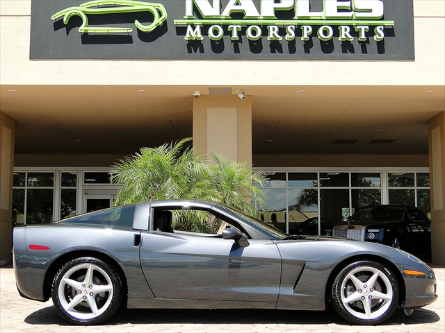 2012 Chevrolet Corvette - Photo 4 - Naples, FL 34104