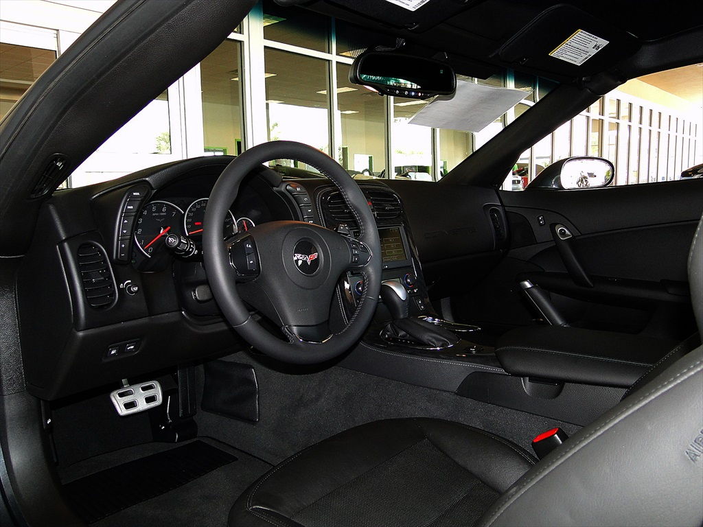 2012 Chevrolet Corvette - Photo 8 - Naples, FL 34104