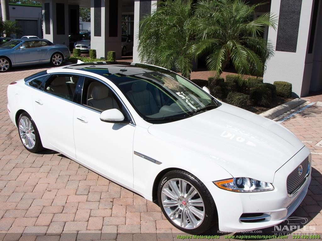 2015 Jaguar XJ L Portfolio - Photo 21 - Naples, FL 34104