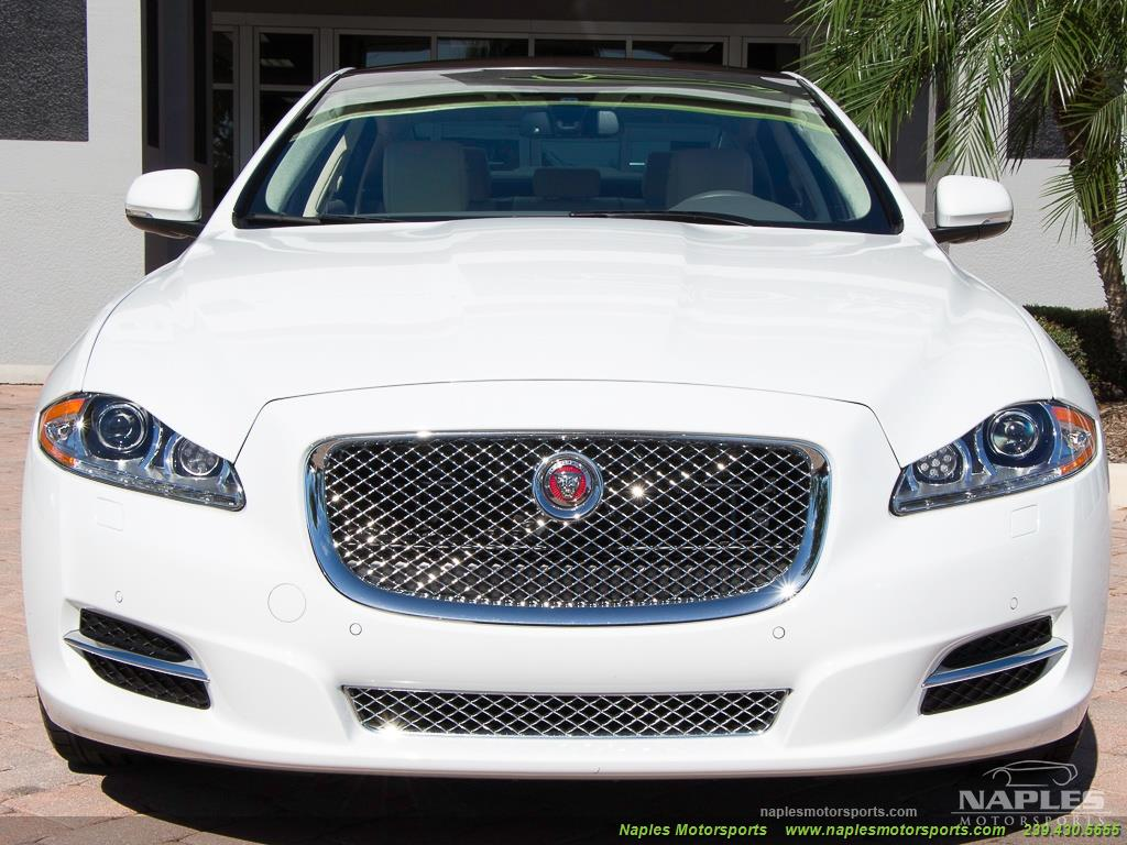 2015 Jaguar XJ L Portfolio - Photo 31 - Naples, FL 34104