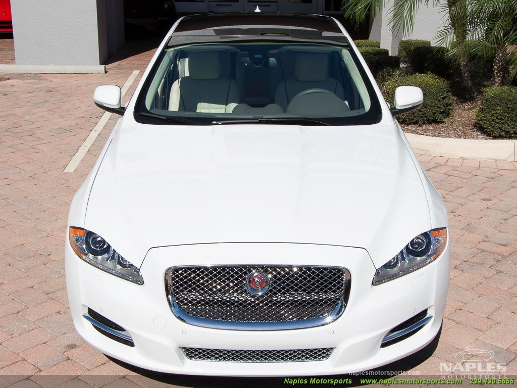 2015 Jaguar XJ L Portfolio - Photo 25 - Naples, FL 34104
