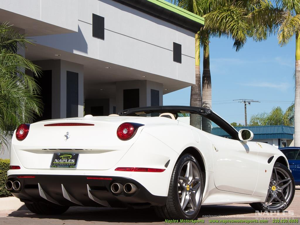 2016 Ferrari California T - Photo 25 - Naples, FL 34104