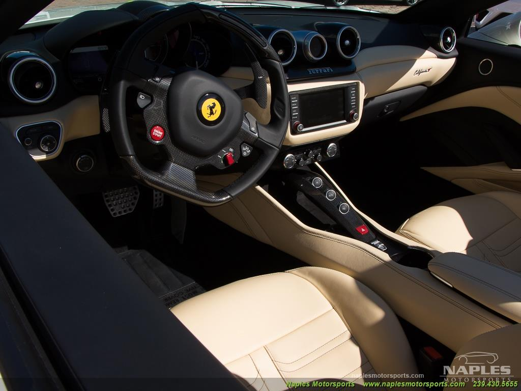 2016 Ferrari California T - Photo 40 - Naples, FL 34104