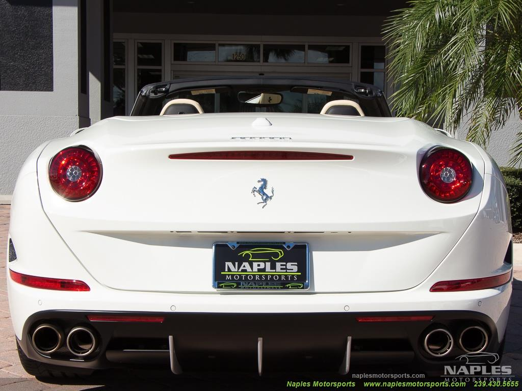 2016 Ferrari California T - Photo 50 - Naples, FL 34104