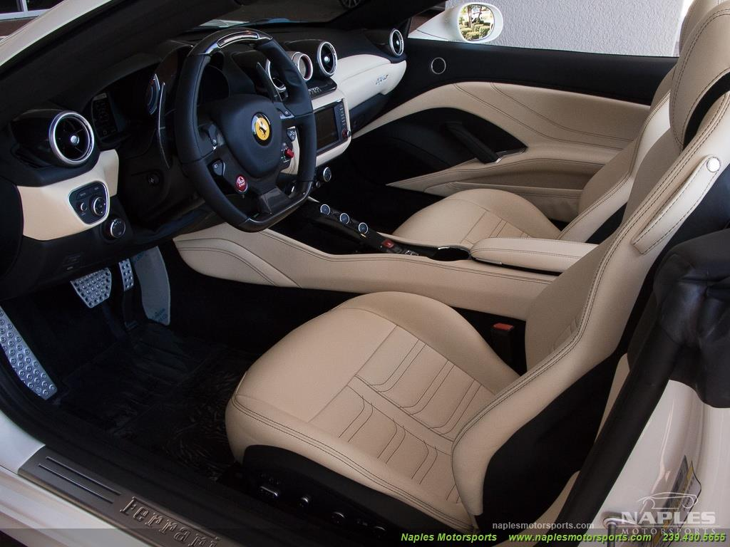 2016 Ferrari California T - Photo 6 - Naples, FL 34104