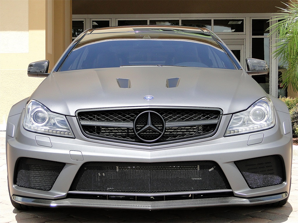 2013 mercedes benz c63 amg black series for Mercedes benz performance chips