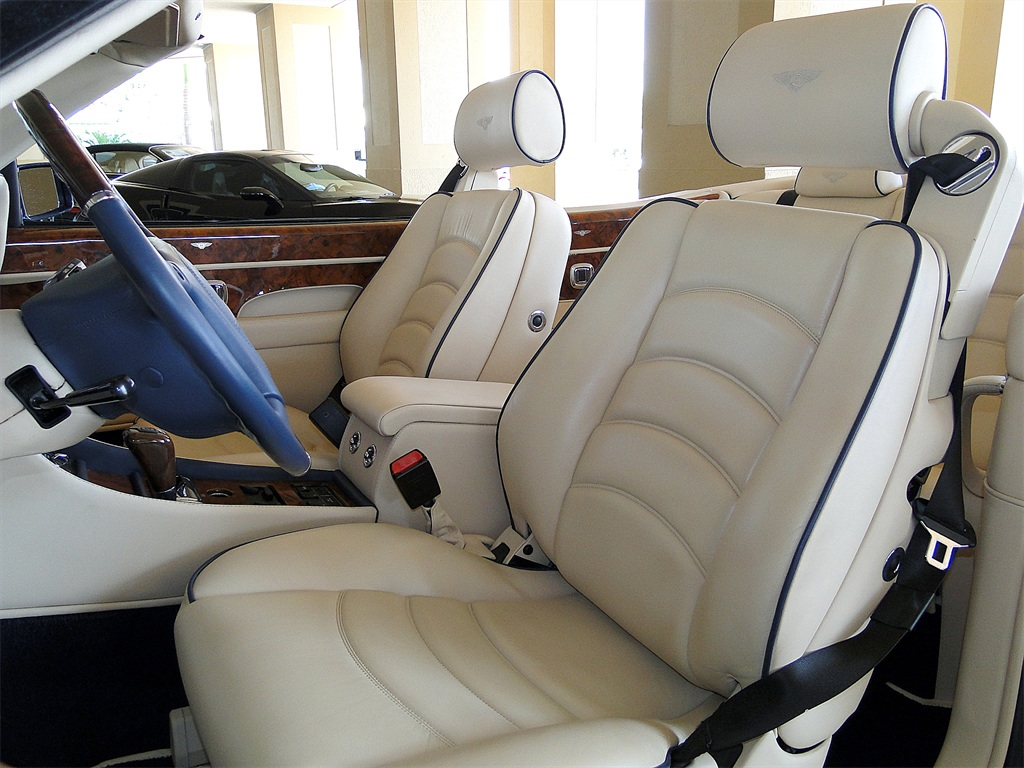 2002 Bentley Azure Mulliner - Photo 45 - Naples, FL 34104