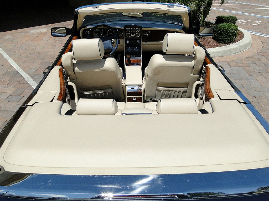 2002 Bentley Azure Mulliner - Photo 38 - Naples, FL 34104