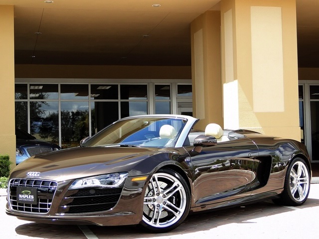 2011 Audi R8 5.2 quattro Spyder - Photo 37 - Naples, FL 34104