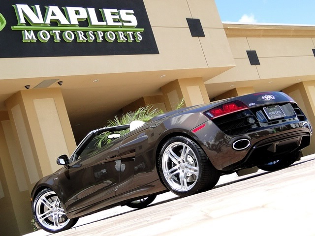 2011 Audi R8 5.2 quattro Spyder - Photo 28 - Naples, FL 34104